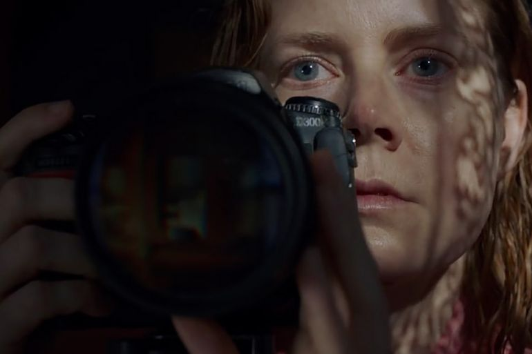 Женщина в окне The Woman in the Window