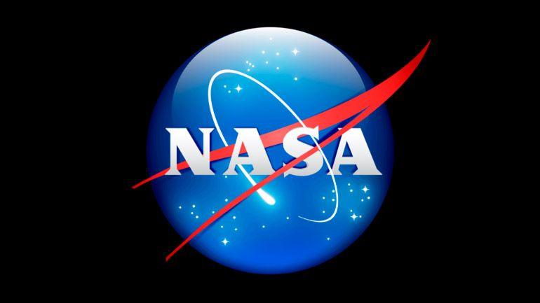 Инженеры NASA починили буровую установку на Марсе, приказав ей ударить себя лопатой