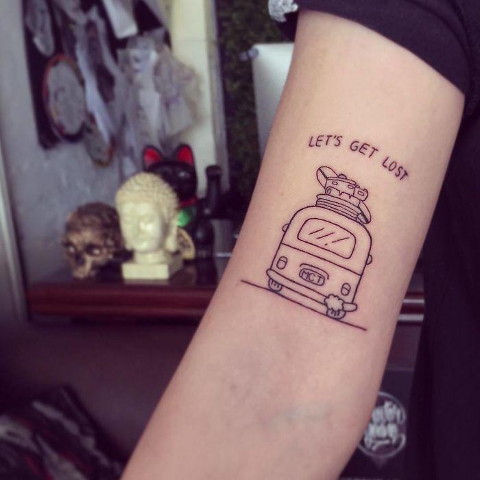 Татуировка на тему путешествия Travel Tattoo