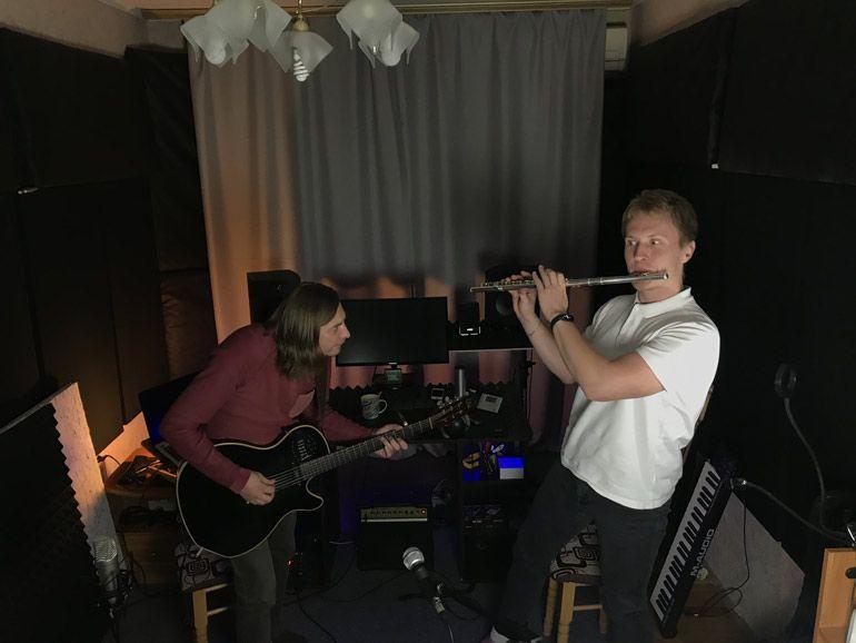 Группа TWO BUS участник Премии JAGER MUSIC AWARDS 2020. Голосование