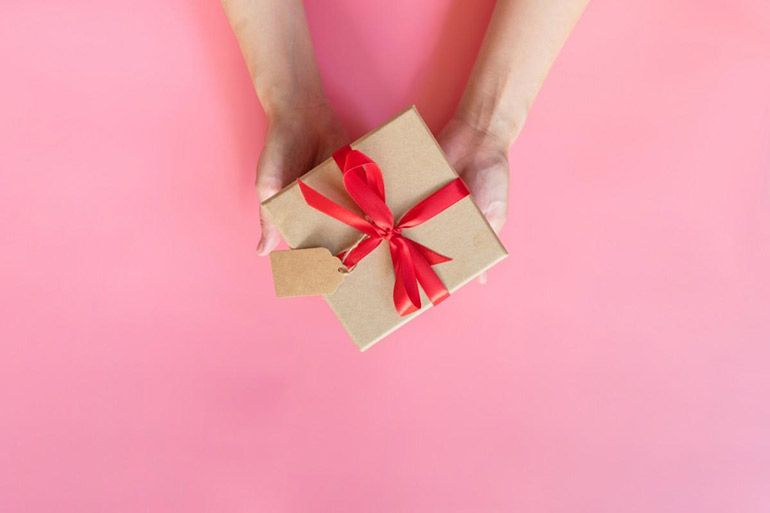 подарок на день рождения