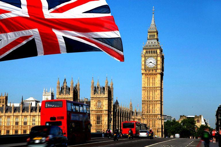 Британии удалось снизить скорость распространения коронавируса