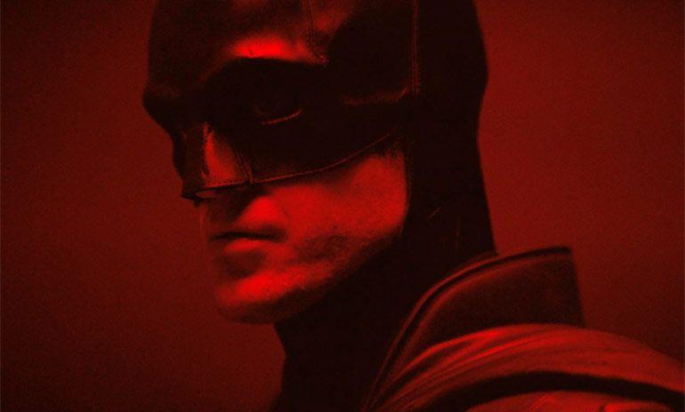 Первый взгляд на Роберта Паттинсона в образе Бэтмена