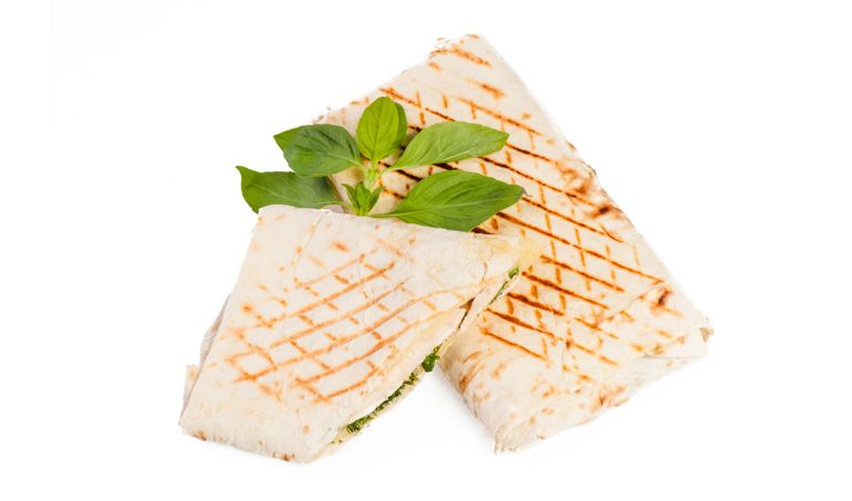 Вегетарианские рецепты. Как приготовить лаваш с сыром, овощами и зеленью на гриле
