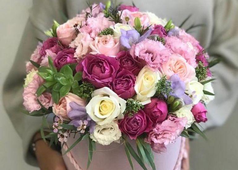 букет цветов. Корзина