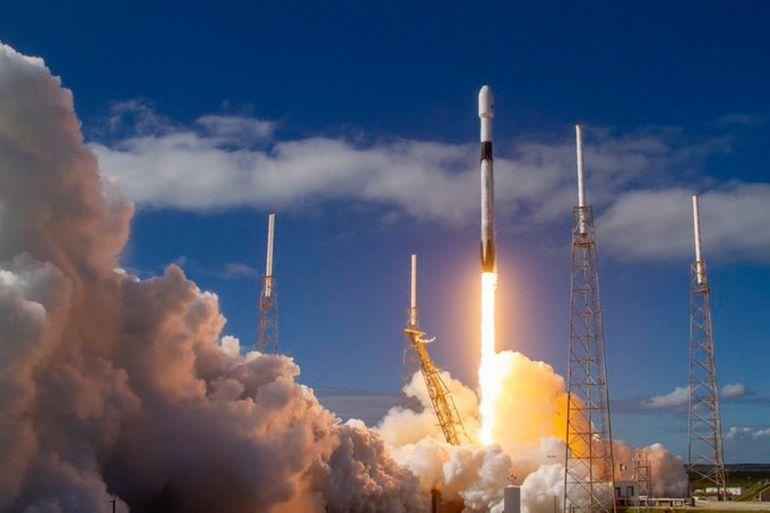 SpaceX запустила шосту партію з 60 супутників системи глобального доступу до інтернету Starlink