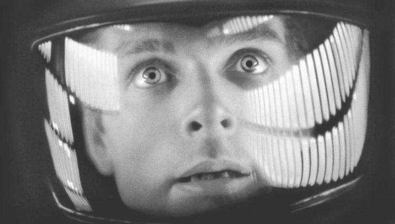 Портал Эксперимент выяснил, что никакой высадки на Луну не было. Её снял в студии Стенли Кубрик