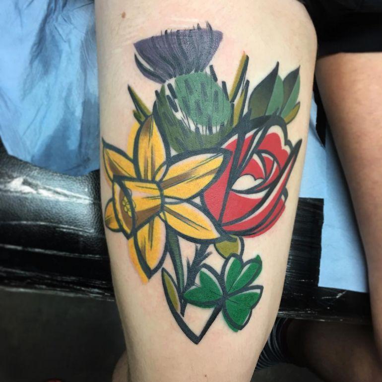 Яркие цветные татуировки. Тату цветы