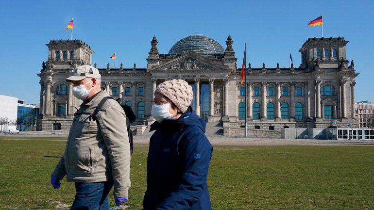 В Германии домашняя изоляция будет проходить под постоянным наблюдением медиков