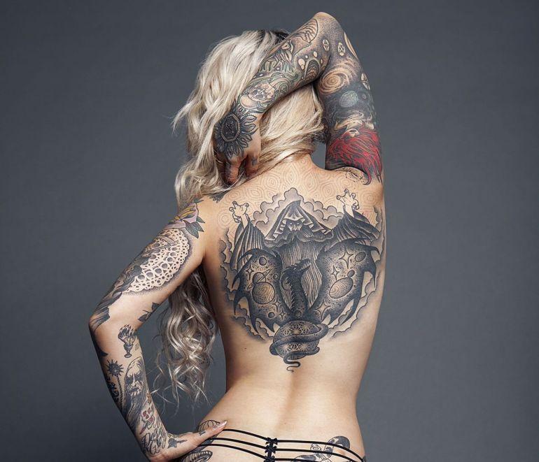 Сексуальная татуировка дракон