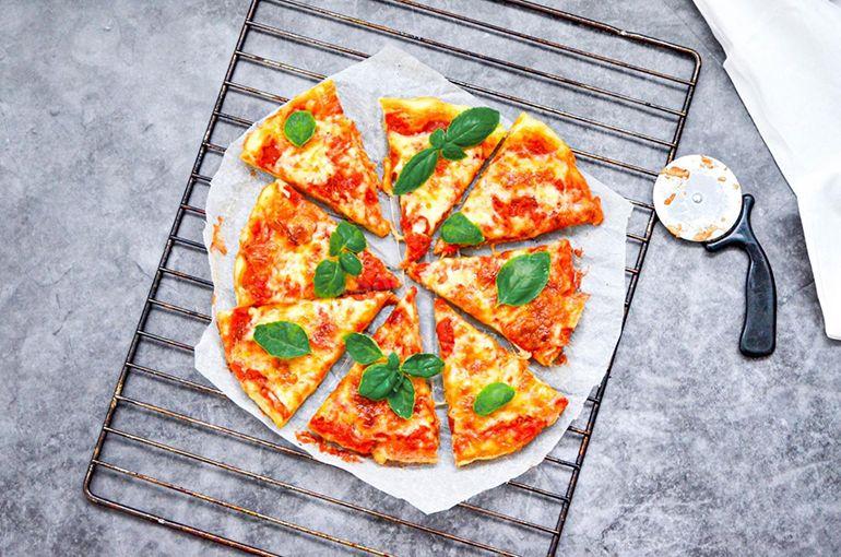 Вегетаріанська піца на кефірі