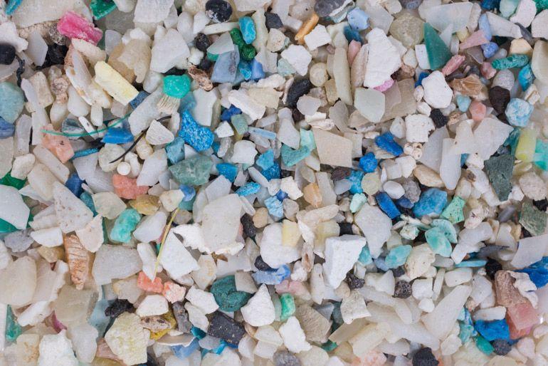 Испания планирует ввести налог на пластиковые отходы со следующего года
