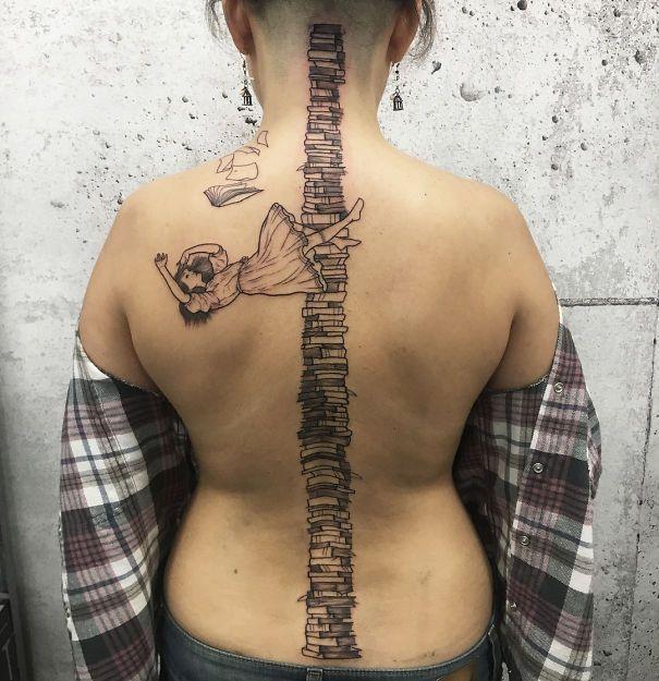 Красивые татуировки на позвоночнике