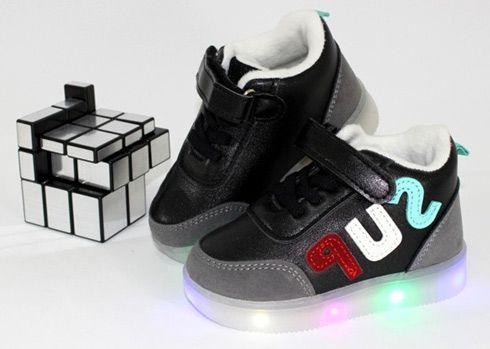 ботинки со светящиеся подошвой