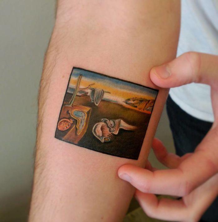 Картины на татуировке. Дали
