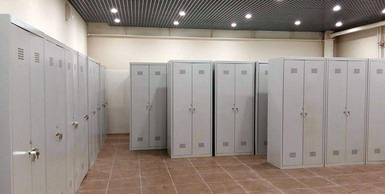 гардеробный шкаф в раздевалку