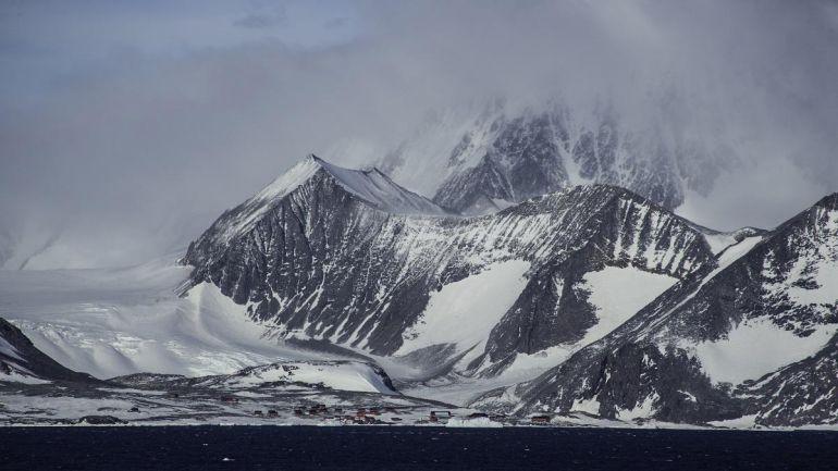 В Антарктиде зафиксировали рекордную температуру