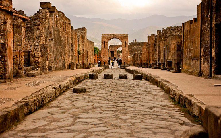 Сортировку и повторное использование мусора изобрели древние римляне - исследование