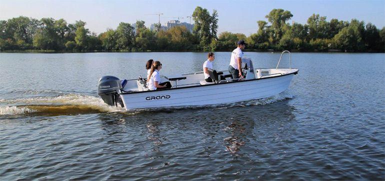 отдых на моторной лодке